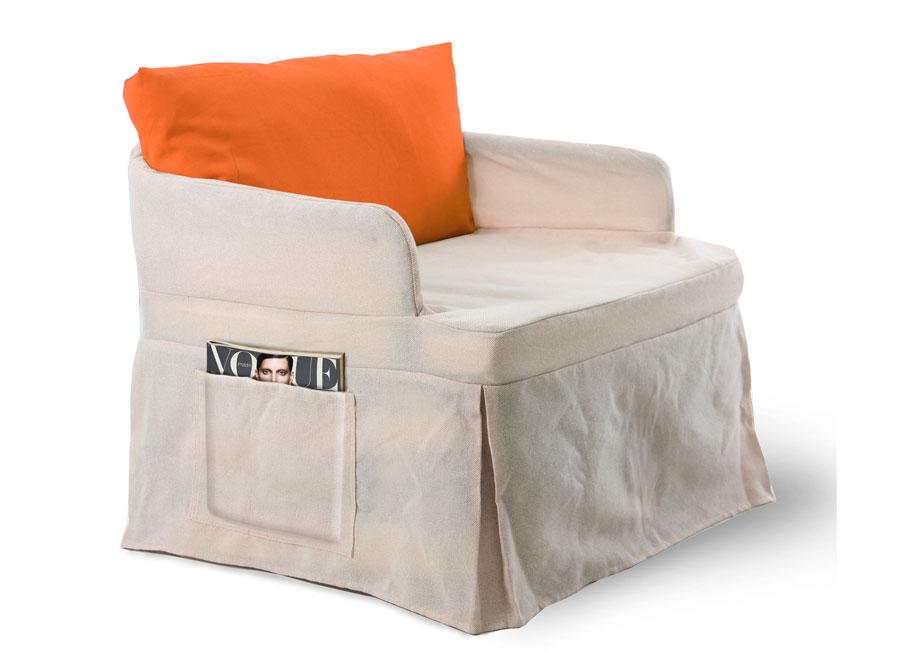 Poltrone camera da letto tutte le offerte cascare a for Poltrona pouf letto ikea
