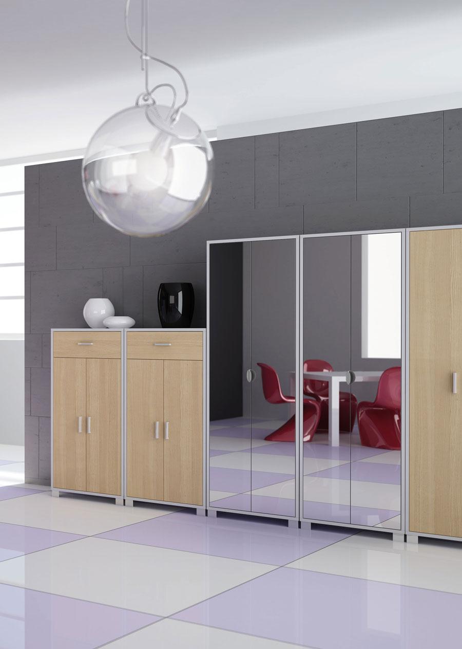 Specchio soggiorno moderno ispirazione soggiorni di lusso for Specchi da arredo soggiorno